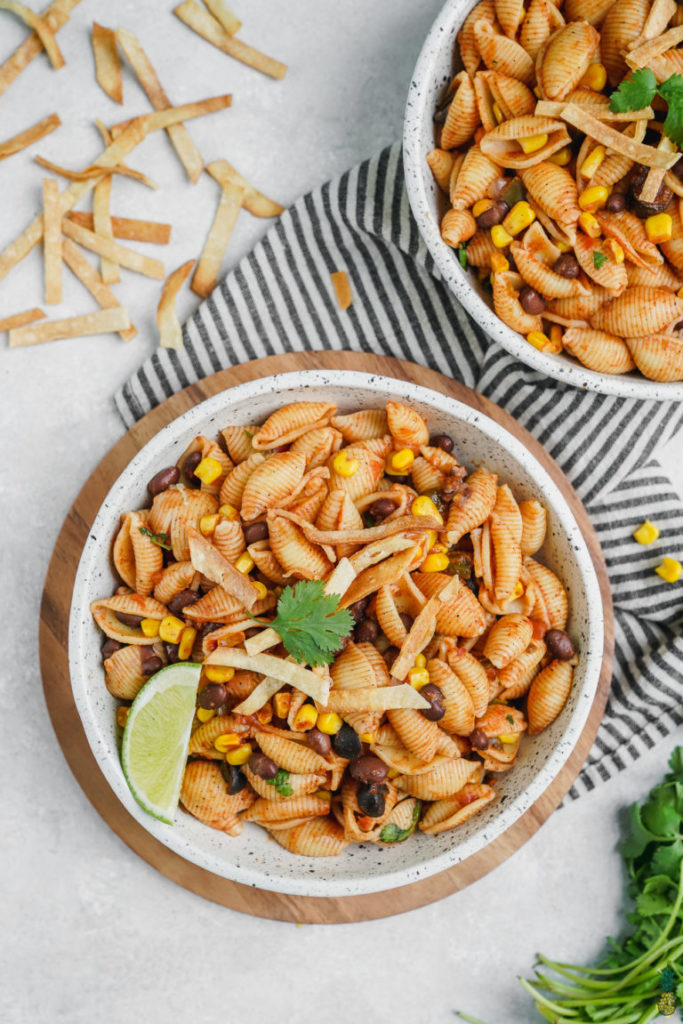 A great vegan pantry recipe – One-pot taco pasta in bowls.