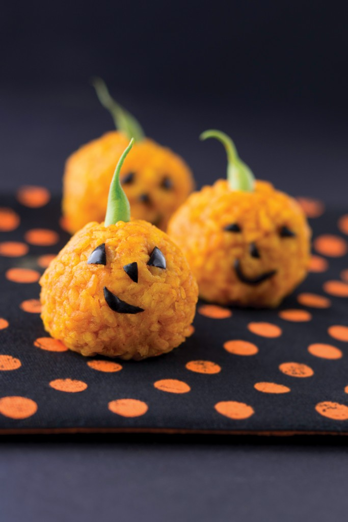 Carrot Rice Ball Jack O'Lanterns by Apron Strings