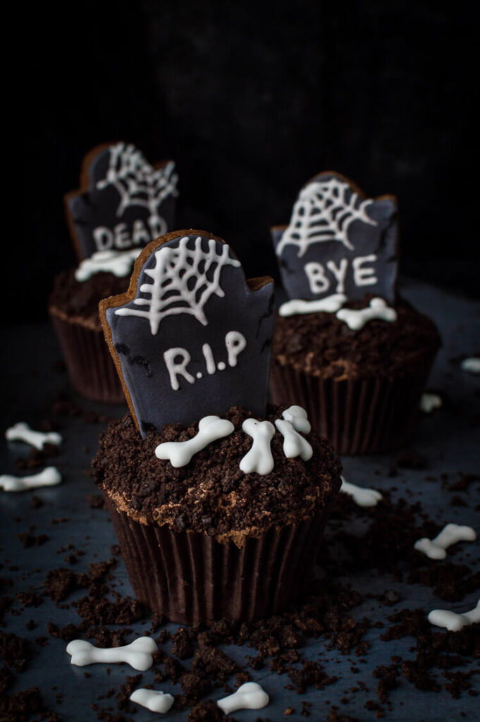 Tombstone Cupcakes from Domestic Gothess